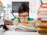 孩子的眼镜成了家长的心病,远离近视到底怎么